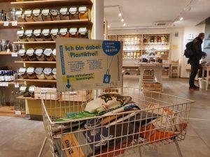 Taschenstationen, umweltfreundlich einkaufen