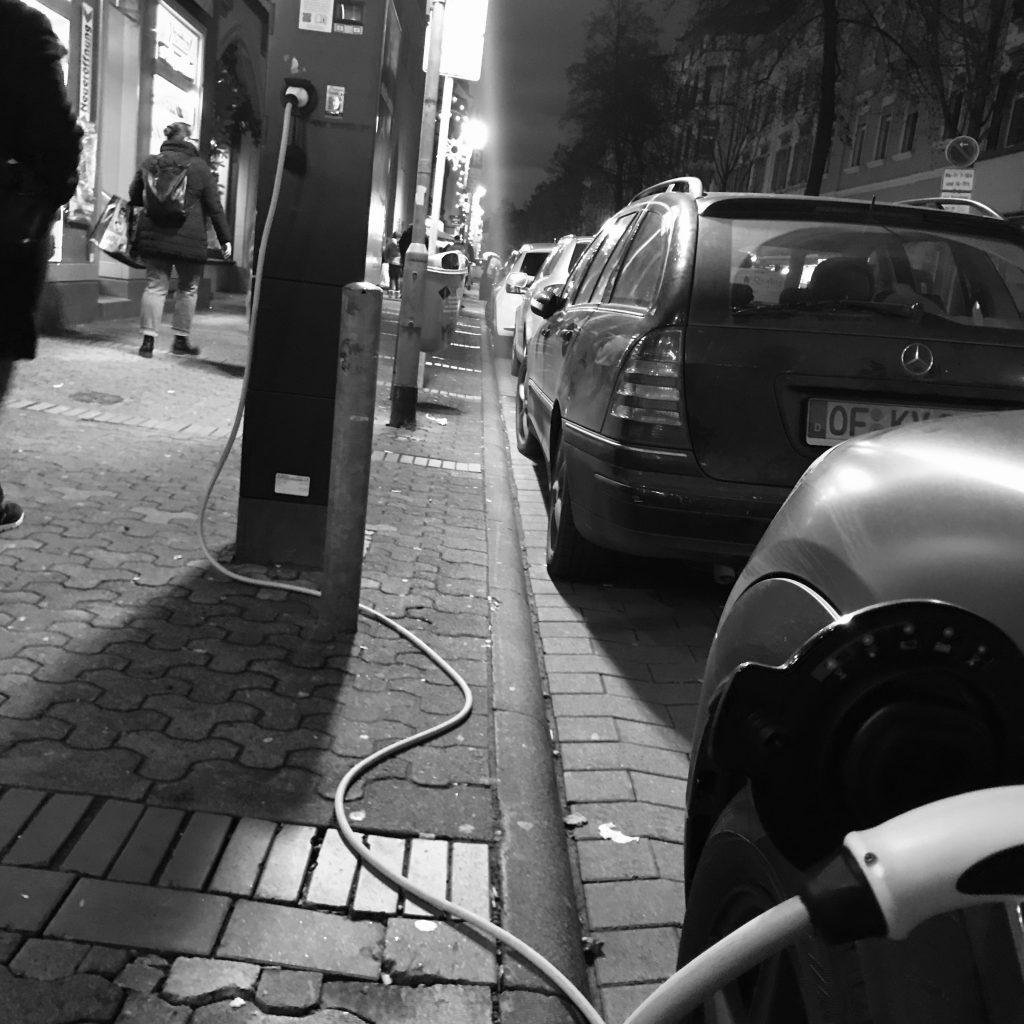 berger straße, frankfurt, bornheim, ladestationen, e-autos