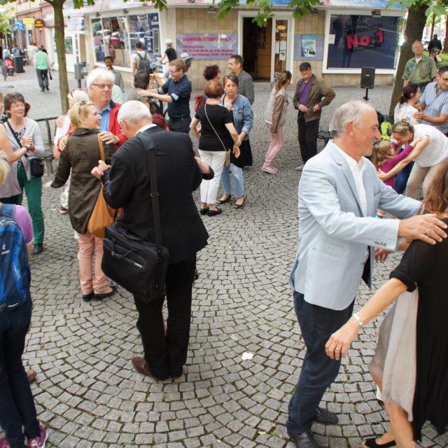 Stadtteilaktionen 'Lust auf Leben – Mein Sommer in Bornheim' für  2016 beendet – Guerilla-Häkeln beginnt